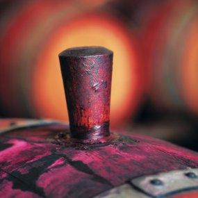 Stopfen des Weinfasses © Penfolds