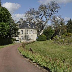 Weingut Château de Villeneuve © Marcel Druart