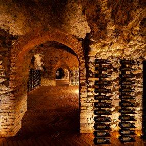 Weinkeller aus dem 16. Jahrhundert © Francesco Monari