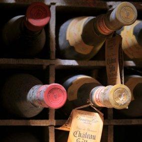 Weinflaschen aus dem 19. Jahrhundert  © Domaine Ott