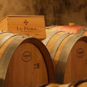 Weinfässer von La Pèira © La Pèira en Damaiséla